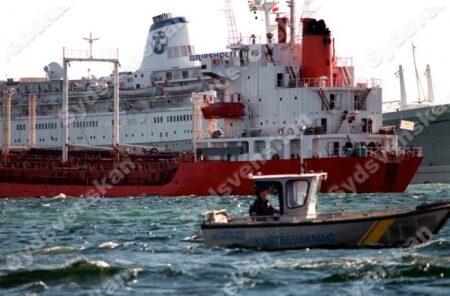Fartyg annu pa grund i oresund