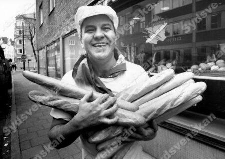47c86172cfa1 ... 1992 mars Gustav Adolf uthyrning på Föreningsgatan. 0.00kr. Affärer i  Malmö 1993 februari René Desboilles på Franska bageriet på Henrik  Smithsgatan.